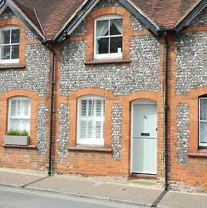 Cosy Cottage In Central Henley photos Exterior