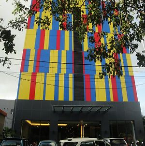 Top Hotel Manado photos Exterior