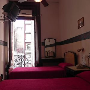 Orleans Hotel photos Room
