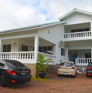 Anse Norwa Guest House photos Exterior