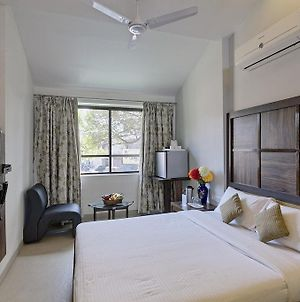 Shreyas Hotel photos Room