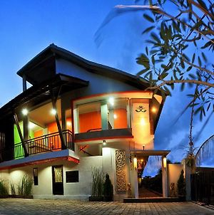 Amerta Home Stay Bali photos Exterior