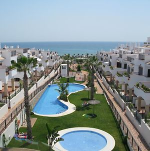 Azul Beach Apartments - Marholidays photos Room