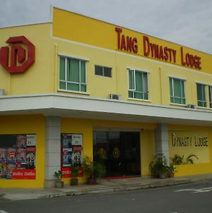 Tang Dynasty Lodge Tuaran photos Exterior