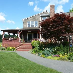 On Cranberry Pond Bed And Breakfast photos Exterior