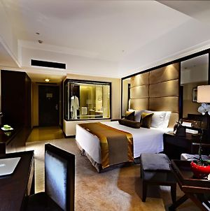 Howard Johnson Wuzhong Business Club Hotel Suzhou photos Room