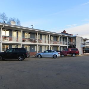 Midtown Western Inn - Kearney photos Exterior