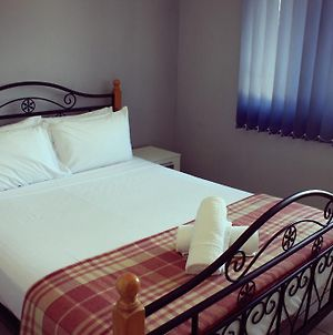 Shortstays Select Miss Majestic photos Room