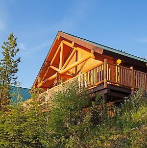 Lac Le Jeune Wilderness Resort photos Exterior