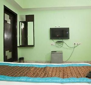 Oyo Rooms Karol Bagh 8 41 photos Exterior