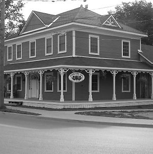 Emilyville Inn photos Exterior