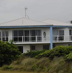Ocean View Luxury Holiday House photos Room