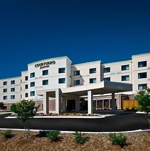 Courtyard By Marriott Salisbury photos Exterior