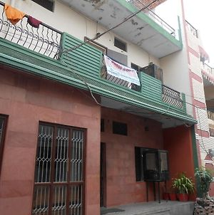 Gaurav Guest House photos Exterior