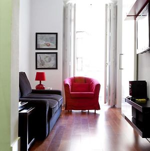 Modern Flats In Justicia By Allo Housing photos Room
