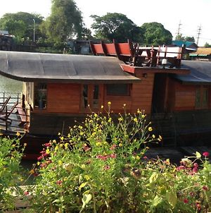 Ayothaya Riverside House photos Exterior