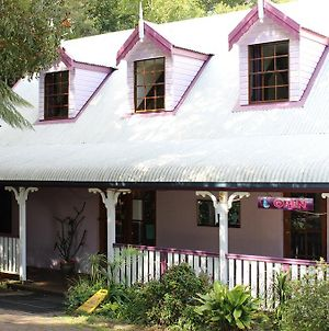 Dancing Waters Cottage photos Exterior