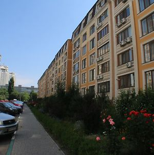 Cozy Apartments On Govorova photos Exterior