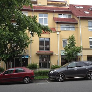 July Apartment photos Exterior