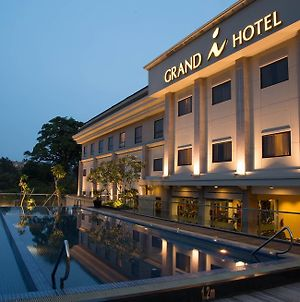 Grand I Hotel Batam photos Exterior