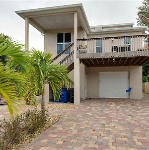 Miramar Beach House Four Bedroom Home photos Exterior