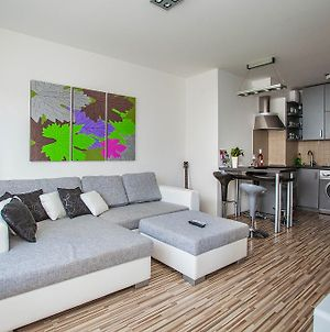 Mentha Apartments Deluxe - Mad photos Room