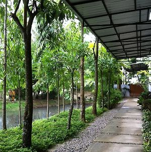 Apartment Chaofa West On The Pond photos Exterior