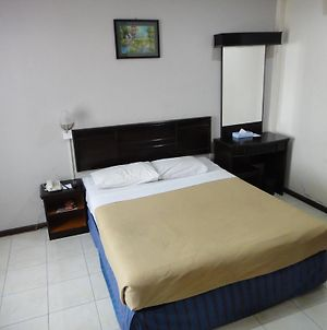 Batu Burok Beach Resort photos Room