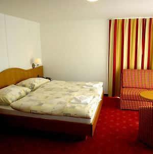 All In Hotel Saas-Fee photos Room