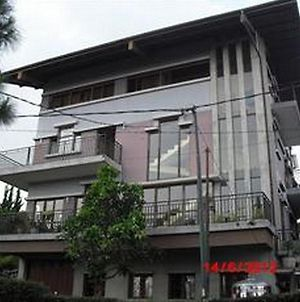 Fortuno Bed & Breakfast Lembang photos Exterior