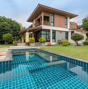Private Pool Villa In Pattaya By Passionata Collection photos Exterior