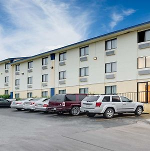 Days Inn Austin Crossroads photos Exterior