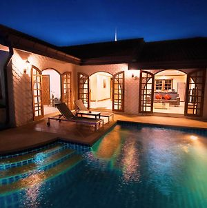 Grand Condo Lotus Pool Villa Near The Beach photos Exterior