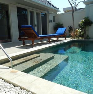 Waterlily Suites Sanur Villa photos Exterior