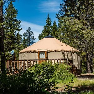 Bend-Sunriver Camping Resort 24 Ft. Yurt 16 photos Exterior
