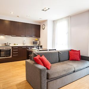 Short Stay Group Camp Nou Serviced Apartments photos Exterior