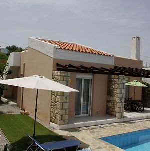 Peaceful Villa In Loutra Crete With Swimming Pool photos Exterior