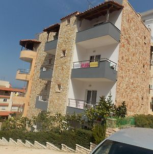 Overview Apartments Saranda photos Exterior