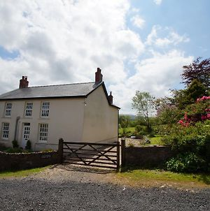 Onnen Fawr Farmhouse photos Exterior