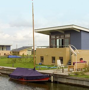 Detached Holiday Home With Sauna And Private Jetty In Lemmer photos Exterior