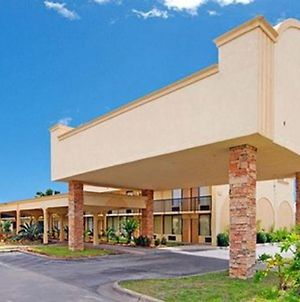 Econo Lodge Baytown photos Exterior