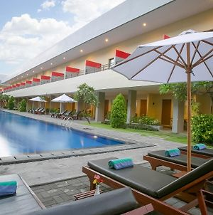 Kuta Station Hotel And Spa photos Exterior