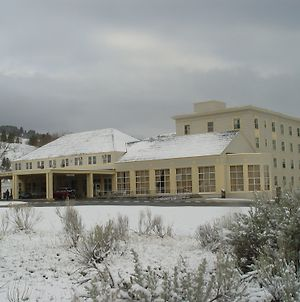 Mammoth Hot Springs Hotel photos Exterior