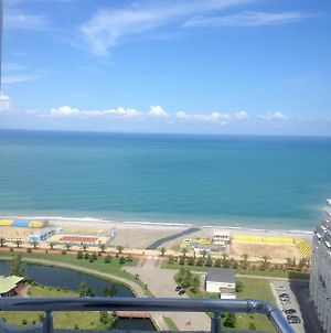 Apartment With Sea View On 22 Floor photos Exterior