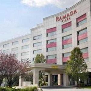 Ramada Plaza Hotel Jfk International Airport photos Exterior