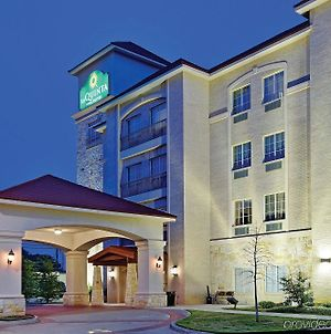 La Quinta Inn And Suites By Wyndham Dfw Airport West - Euless photos Exterior