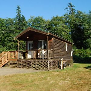 Seaside Camping Resort One-Bedroom Cabin 6 photos Exterior