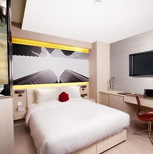 Butterfly On Waterfront Boutique Hotel Sheung Wan photos Room