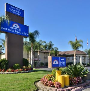 Americas Best Value Inn & Suites Madera photos Exterior