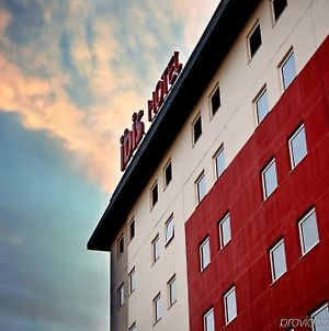 Ibis Canoas Shopping photos Exterior